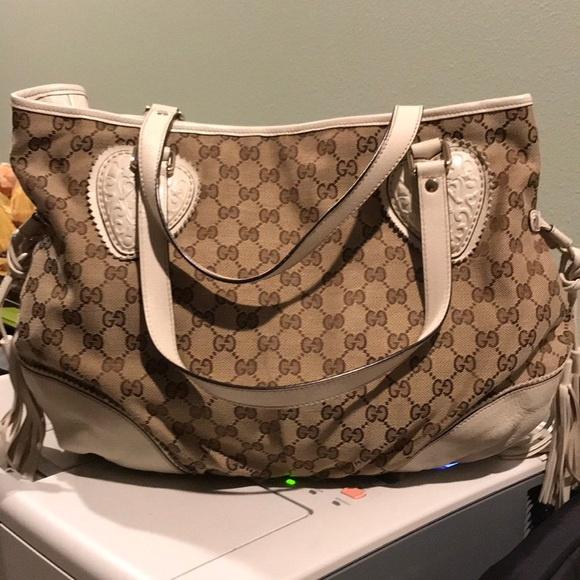 Gucci Bags - Authentic Gucci Shoulder Bag